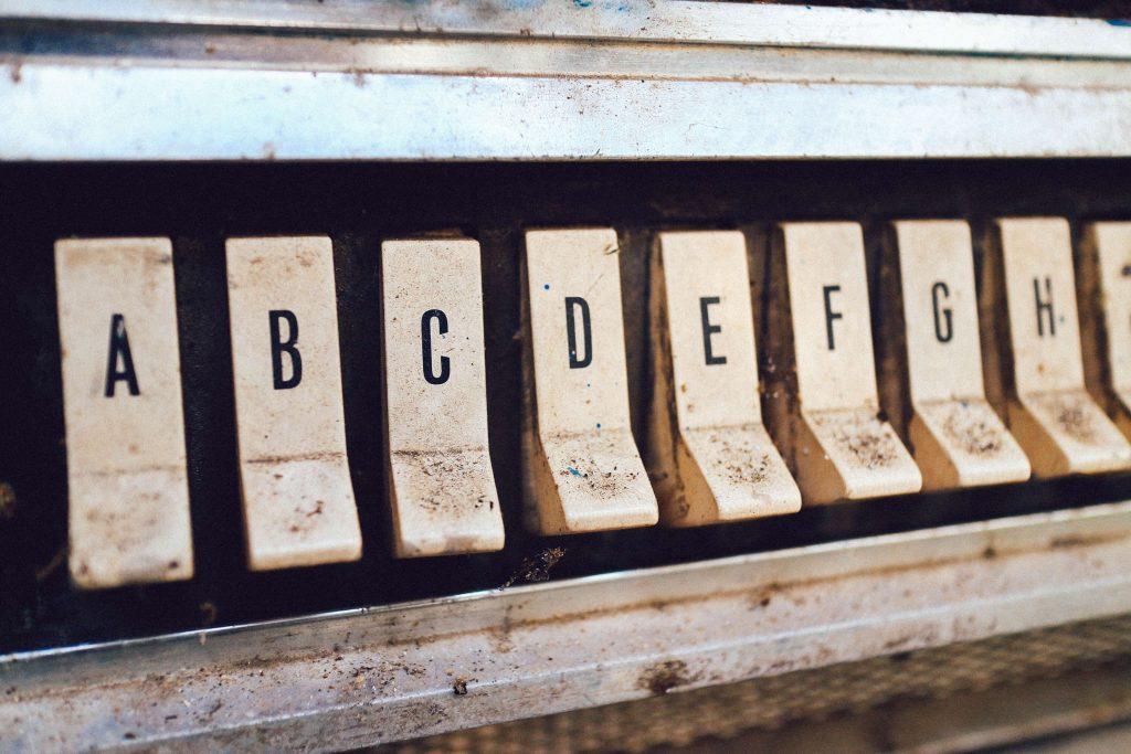 Jak dobrze dopasować font do projektu?